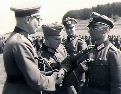 Award ceremony for the 1939 Clasp to the 1914 iron cross