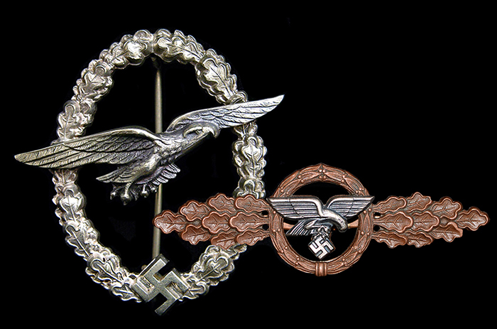 Glider pilot's badge (BSW) together with the bronze flight clasp for transport and glider squadrons